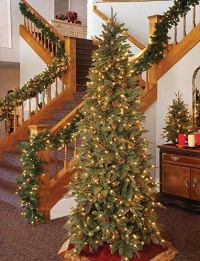 10 of the Best Prelit Christmas Trees in 2018 (Smart Guide)
