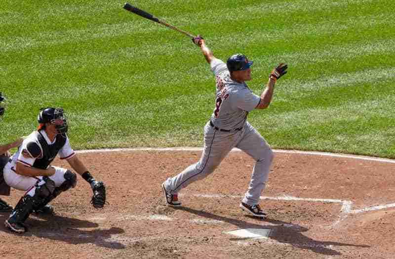 best right handed hitters baseball history-min